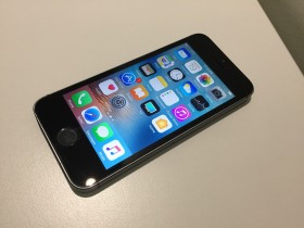 iPhone 5s 16gb Space grey Simfree