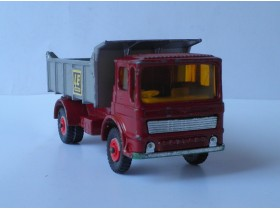 kamion Matchbox LEYLAND TIPPER Made in England 1969. g