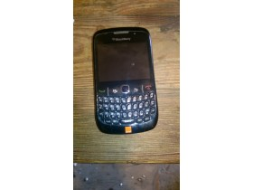 mobilni telefon black berry 8520