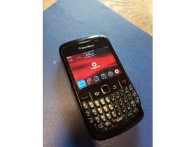 mobilni telefon blackberry 8520