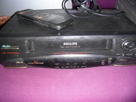 "philips vhs sistem za kasete ""video casete playe/"