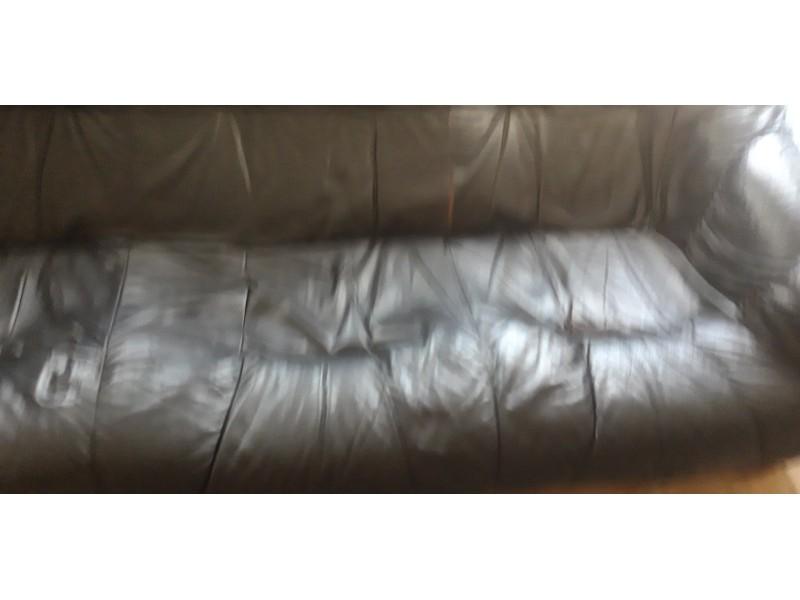 kožna garnitura(trosed,dvosed,fotelja)