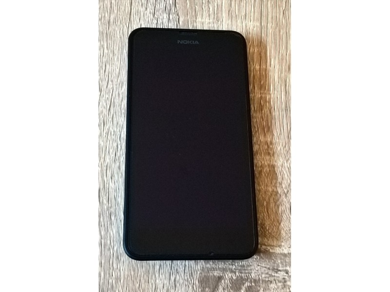 Nokia Lumia 630 (crna boja)