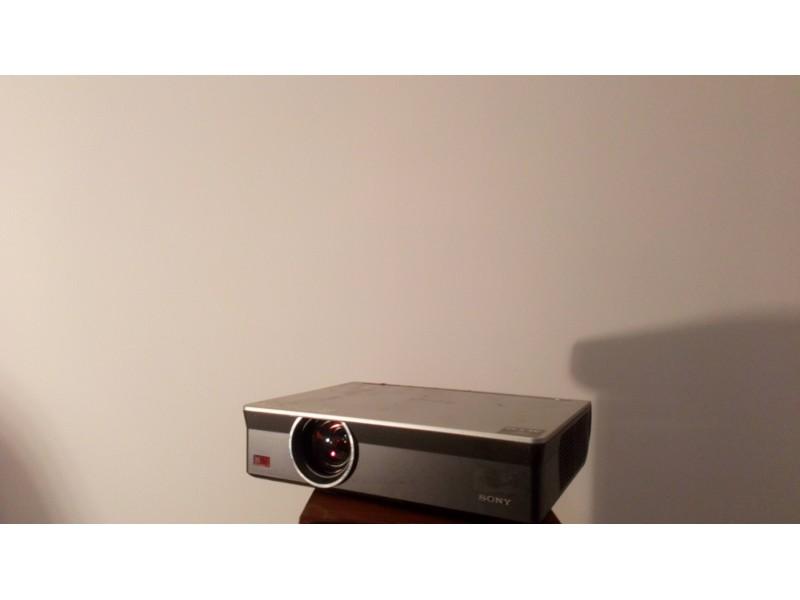 PROJEKTOR Sony VPL CW125 - CHIEF