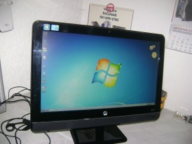 HP All-in-One i3 200pc 21.5 inca ispravan