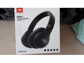 JBL bluetooth slušalice E500BT