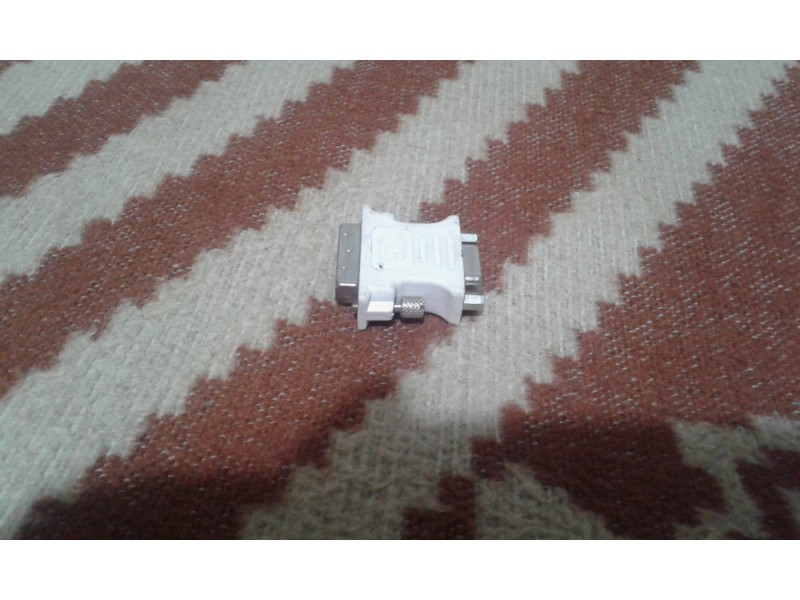 Adapter dvi-vga