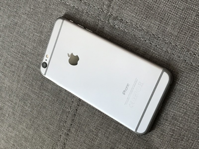 Apple iPhone 6 plus - space gray - 128GB + POKLON