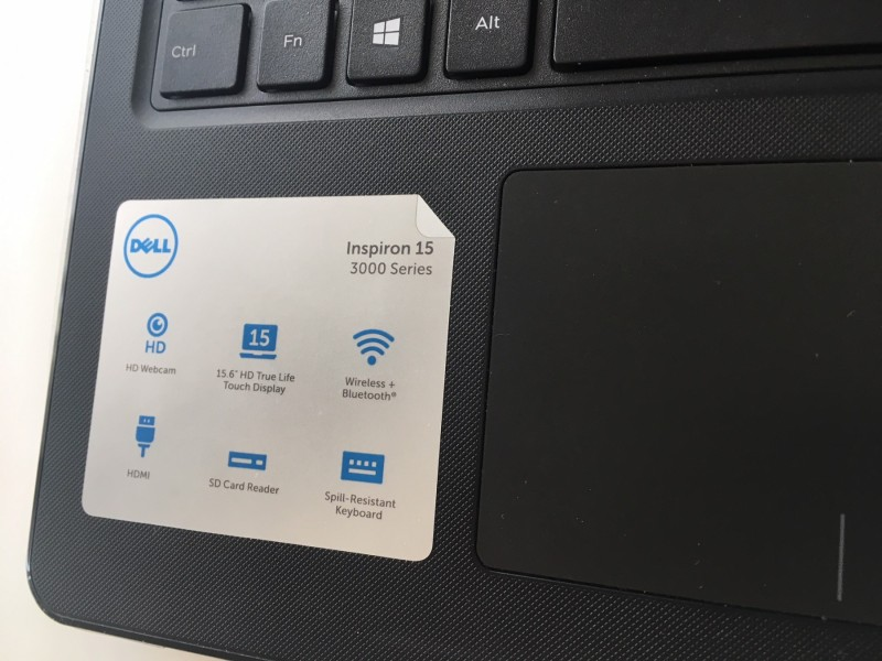 Dell 15' Touch screen 8gb 1 TB