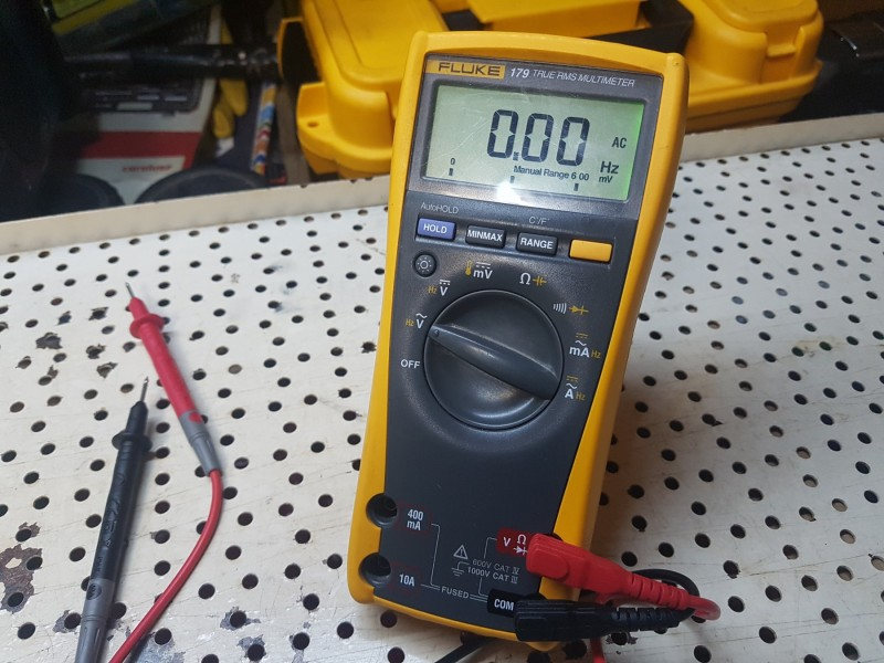 FLUKE 179 MULTIMETAR