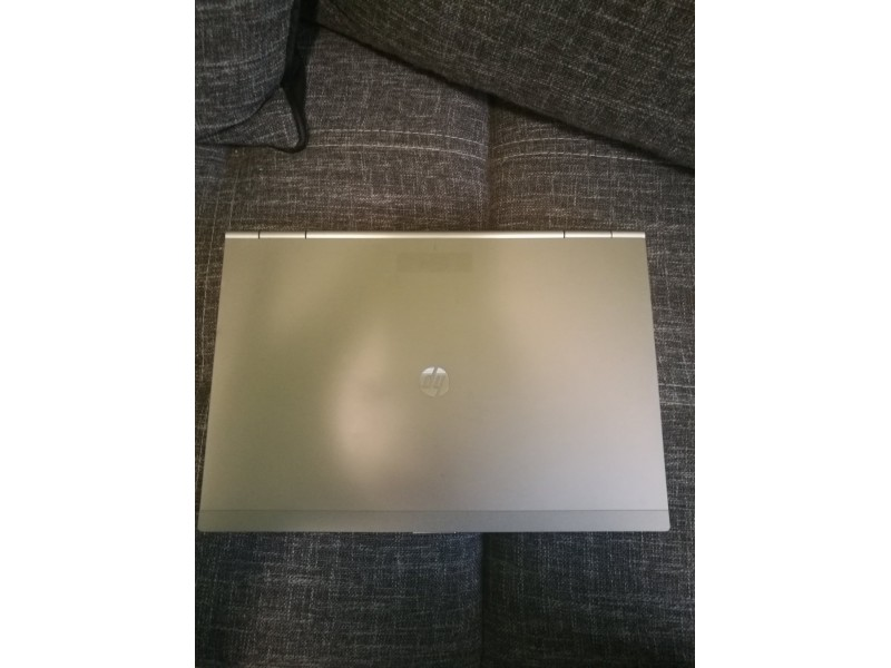 Hp EliteBook 8470p i5/6gb/320gb