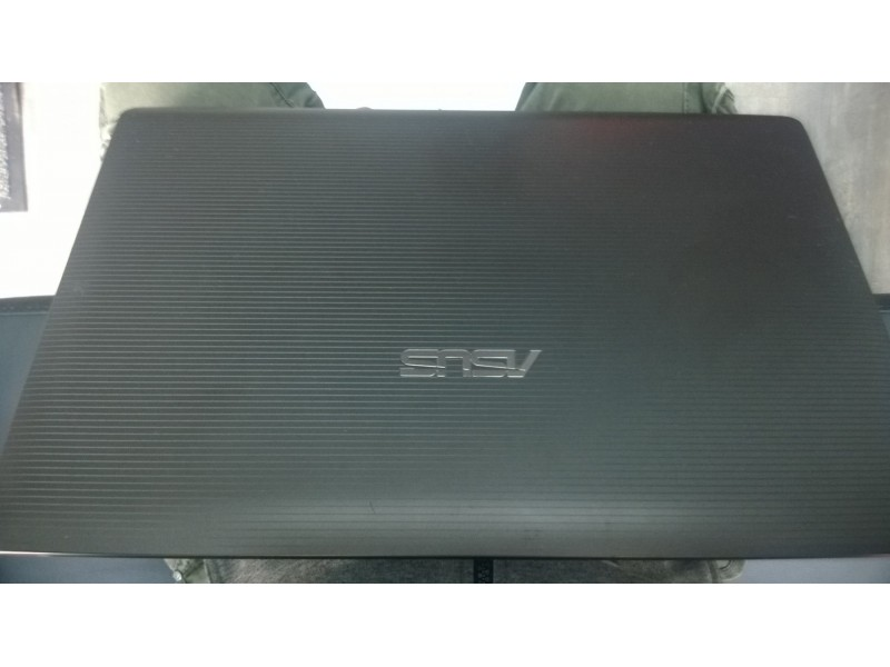 Laptop ASUS AMD A6-3420M, 6GB, 320GB, 7670M 1GB