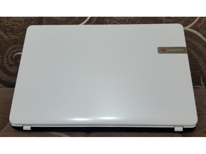 "Laptop Packard Bell EasyNote 17.3"", Intel i3 2.4GH"