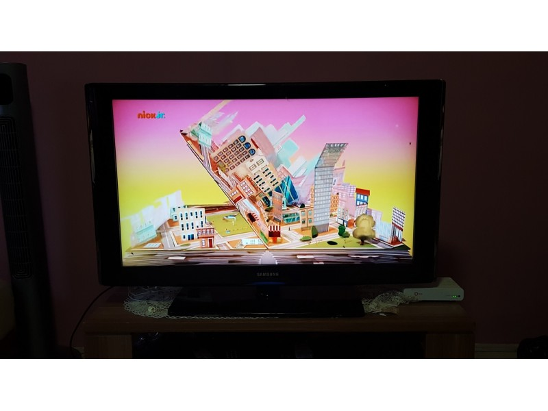 Lcd Full HD Tv SAMSUNG 40 incha Top Ponuda !!!