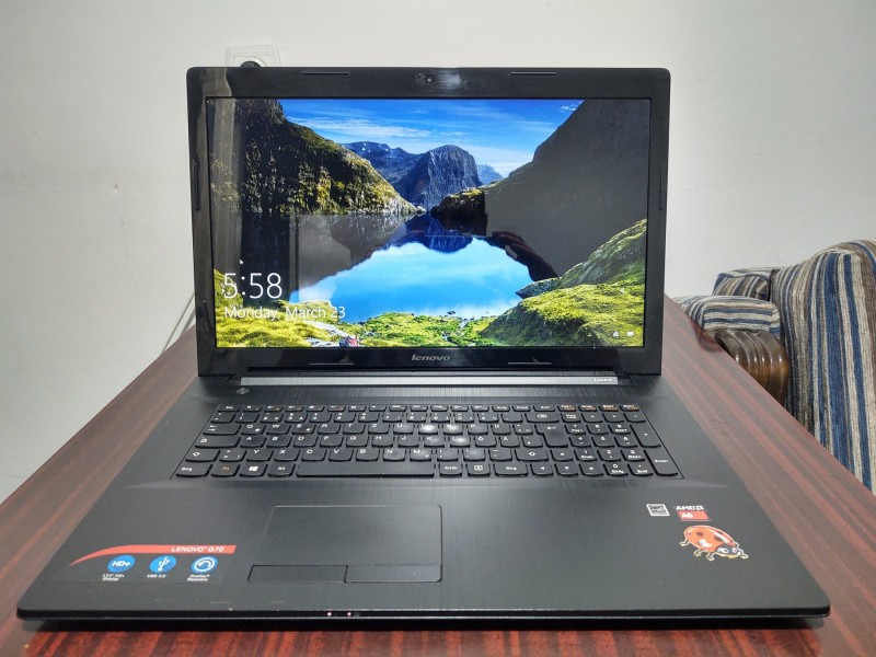 "Lenovo 17.3"" FHD,4GB,QUAD CORE, 500GB"