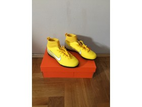 Nike Superfly 38