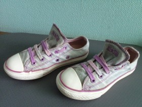 PATIKE CONVERSE ALL STAR br.28,5/18,5cm.