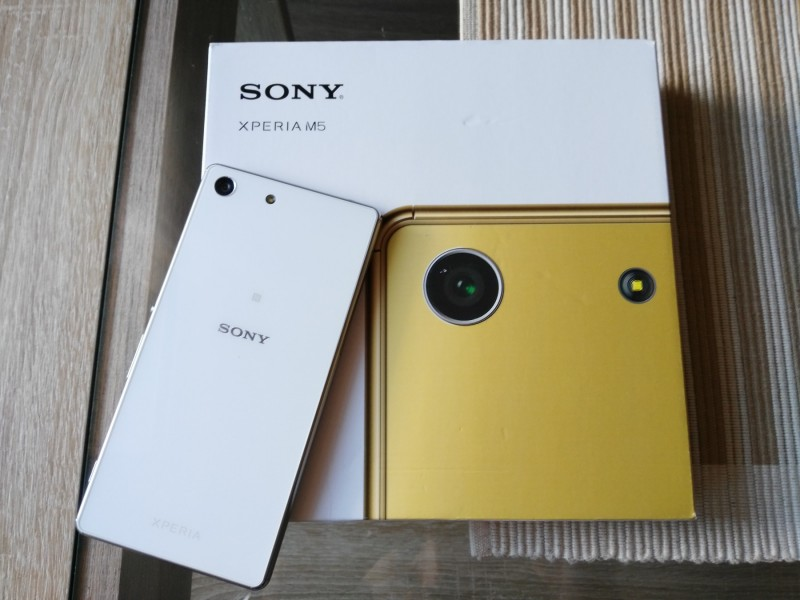 Sony Xperia M5 White Glass IPS68