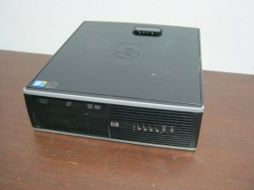 racunar core 2 duo E8500  3.16ghz x2/2GB DDR3  /320 HDD