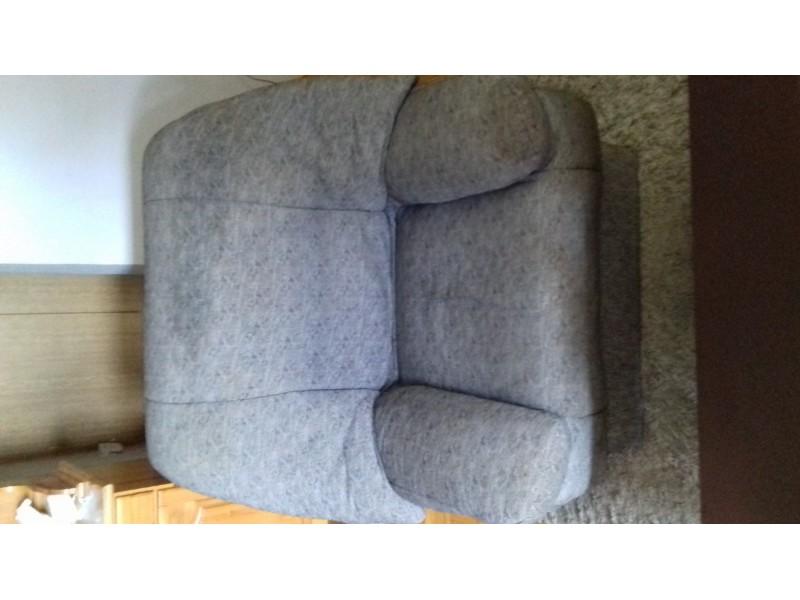 Trosed dvosed fotelja